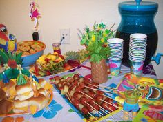 luau recipes images | Skewers & Punch & sandwiches & fruit salad.... Mmmmm