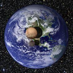 Diese Nasa-Grafik verdeutlicht das Größenverhältnis von Pluto (rötliche Kugel) und seinem Mond Charon zur Erde.