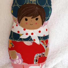 This gives me an idea for fun felt dolls...I'll have to try it now! Free Russian Softie Doll pattern from Burda Style.  A great scrapbuster!