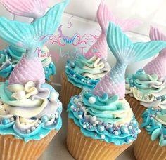 Mermaid Cupcake Cake, Mermaid Birthday Cakes, Birthday Cake Girls, Girl Cupcakes, Cute Cupcakes, Cupcake Cake Designs, Cupcake Cakes, Sirenita Cake, Wilton Cake Decorating