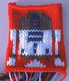 Free on Ravelry - a bunch of Star Wars knitting charts