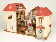 Sylvanian Families Beechwood Hall *click and collect only*