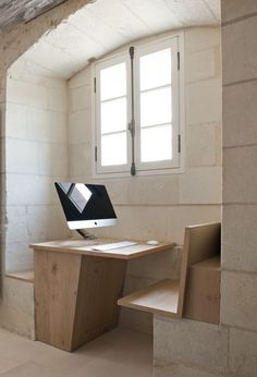 French abbey transformed into , minimalist grand hotel (simple, yet elegant modern luxury replaces monastic deprivation). 'Abbaye de Fontevraud-Agence-Jouin-Manku -- Photograph-by-Nicolas Matheus. Architecture Design, Architecture Renovation, Architecture Religieuse, Interior Exterior, Interior Modern, Modern Luxury, Kitchen Interior, Modern Rustic, Design Furniture