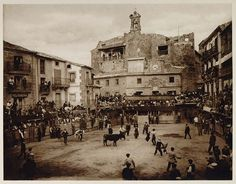 1925 photogravure of a becerrada (bullfight) in the plaza mayor of Sepúlveda, Spain. Photograph by Kurt Hielscher