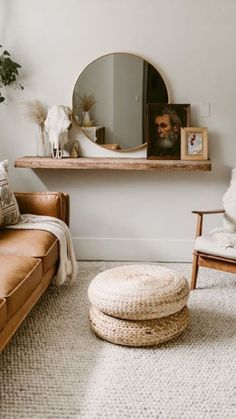 Fantastic home decor tips are offered on our internet site. Check it out and you wont be sorry you did. Boho Living Room, Living Room Decor, Interior Design Living Room, Living Room Designs, Contemporary Interior, Home Decor Inspiration, Decor Ideas, Room Decor Bedroom, Diy Home Decor