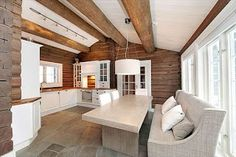 HAFJELL- Stor hytte- Alpint/langrenn out/inn - Fredfull beliggenhet Mountain Cottage, Cabins And Cottages, Log Cabins, Hippie Home Decor, Stone Flooring, Humble Abode, Home Decor Kitchen, Log Homes, Modern Rustic