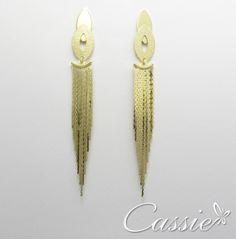 Brinco de franjas super lindo!! Semijoia folhwada a ouro com garantia de 6 meses. #cassie #semijoia #folheado #me #inlove #euquero #brinco #beautiful #good #girl #fashion #likes