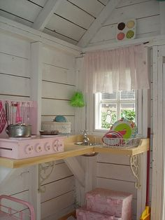 Shed Playhouse Interior Design, Pictures, Remodel, Decor and Ideas Inside Playhouse, Playhouse Decor, Playhouse Interior, Girls Playhouse, Backyard Playhouse, Build A Playhouse, Wooden Playhouse, Playhouse Ideas, Playhouse Furniture