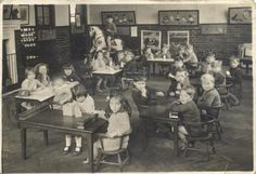 Vintage photograph of school children in their classroom. High School Years, School Days, Old School House, School Images, Old Mansions, Montessori Classroom, Old Churches, School Children, School Building