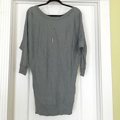 Gray/Silver Michael Stars top 3/4 sleeve Michael Stars top. Loose and long top great for comfort + style. Michael Stars Tops Tunics