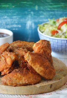 Krokante Kippenvleugeltjes uit de Oven. Geen extra vet maar wél een heerlijk krokant laagje met lekkere kruiden. Finger Lickin' Good!