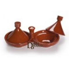Lovely little moroccan tajines for spices. It is generally used to put salt and pepper and place it on your dinning table to add an oriental touch to your decoration. Moroccan Kitchen, Dinning Table, Measuring Spoons, Artisanal, Kitchen Tools, Decoration, Craft, Oriental, Spices