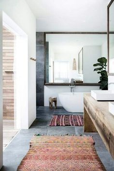 Home Decor Inspiration : Modern boho bathroom Bad Inspiration, Decoration Inspiration, Bathroom Inspiration, Bathroom Inspo, Bohemian Bathroom, Bathroom Ideas, Bathroom Styling, Hipster Bathroom, Restroom Ideas