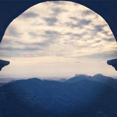 In der Halle des Bergkönigs. Hall of the Mountain king. #baleares #mallorca #santuario #santsalvador #monasterio #panorama #viewporn #malle #skyporn #iberia #espagna #catalunya #monastery #spain #islascanarias #islasbaleares