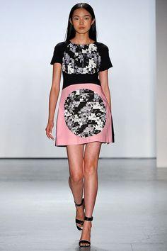 Tibi Spring 2013 Ready-to-Wear Fashion Show Fashion Models, Fashion Show, Fashion Design, Paris Fashion, Chinese Model, Fabulous Dresses, Fashion Company, Dream Dress, Ready To Wear