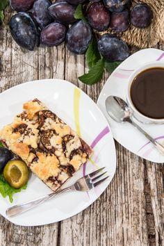 Nekysnutý slivkový koláč French Toast, Breakfast, Ethnic Recipes, Food, Basket, Morning Coffee, Essen, Meals, Yemek