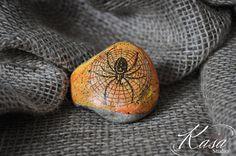 Halloween Spider Decoration,Pebble/Stone Hand Painted Halloween Motive,Indoor…