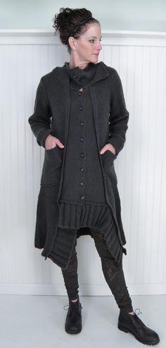 rundholz black label wisconsin cardigan