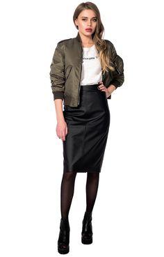 Кожаная юбка-карандаш и бомбер. Создаём новый образ