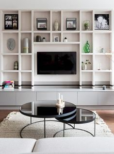 Living Room Shelves, Living Room With Fireplace, Living Room Grey, Living Room Modern, Home Living Room, Living Room Decor, Tv Shelving Unit, Shelf Inspiration, Interior Styling