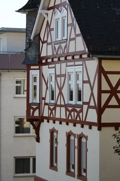 Ausbesserung einer Fassade (Bad Nauheim) | Malermeister-Daro