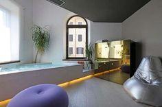 A Roma un loft cool e chic. Un loft interpretato in modo personalissimo, con ambienti e dettagli ad effetto. Il loft del regista televisivo Sergio Tocci.