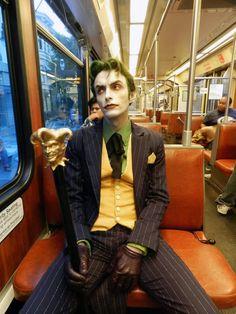 Character: Joker / From: DC Comics 'Batman' & 'Detective Comics' / Cosplayer: Anthony Misiano (aka Harley's Joker) Dc Cosplay, Joker Cosplay, Cosplay Outfits, Best Cosplay, Cosplay Costumes, Cosplay Ideas, Anthony Misiano, Batman Arkham City, Gotham