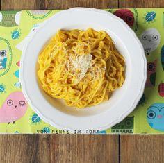 Spaghetti mit cremiger Kürbis-Parmesan-Sauce - Penne im Topf