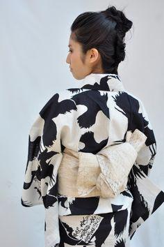 Crow yukata, new patterns for modern yukatas.