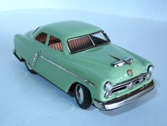 Marusan Kosuge Japan Ford 1952 Battery Operated 10.25 inches (26 cm) Original tin toy car