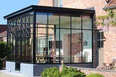 Pergola With Roof Plans Cedar Pergola, Pergola Carport, Deck With Pergola, Pergola Patio, Pergola Kits, Pergola Ideas, Extension Veranda, Glass Extension, Renovation Facade