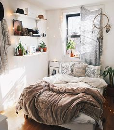 Design for Small Bedroom Modern . Design for Small Bedroom Modern . Small Bedroom Design Ideas On A Bud Floor Mattress Ikea Cozy Small Bedrooms, Bohemian Bedrooms, Small Bedroom Designs, Bedroom Small, Bohemian Interior, Design Bedroom, Small Bedroom Ideas For Women, Bed Design, Small Bedroom Decorating