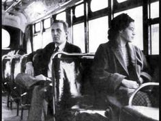 Rosa Parks In this Montgomery, AL, woman famously refused to give up her bus seat to a white man. Her arrest sparked the Montgomery bus boycott, led by Martin Luther King Jr. — a turning point in the civil rights movement. Martin Luther King, We Are The World, In This World, Bus Boycott, Women Rights, Non Plus Ultra, Angela Davis, Foto Blog, Civil Rights Activists