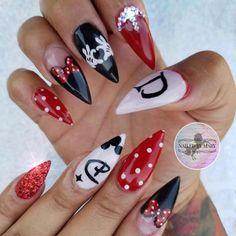 labor day nail art Disney Acrylic Nails, Cute Acrylic Nails, Cute Nails, Pretty Nails, Walt Disney, Mickey Mouse Nails, Minnie Mouse, Disney Christmas Nails, Disneyland Nails