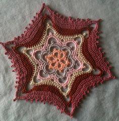 altıgen şeklinde örülen güzel örgü motif modeli