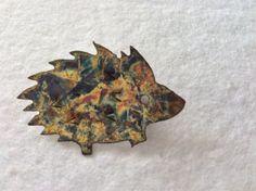 Hedgehog-Pin-Brooch-Decorative-Metal-Patina-Brass