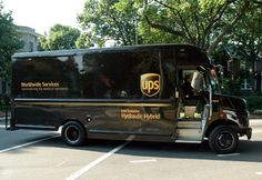 The new UPS Main Street program brings new locations to new areas United Parcel Service, Van Car, Sprinter Van, New York, Main Street, Picture Photo, Trucks, Coaches, Modest Fashion