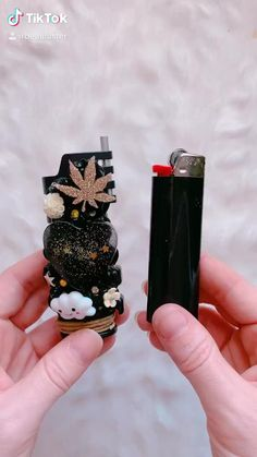 Diy Resin Art, Diy Resin Crafts, Diy Clay, Glass Pipes And Bongs, Cool Bongs, Cool Lighters, Lighter Case, Stoner Art, Puff And Pass