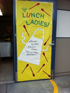 2013 Door for the Cafeteria Staff. Wizard of OZ theme. School Lunchroom, Pta School, School Themes, School Classroom, School Gifts, School Events, School Ideas, Principal Appreciation, Principal Gifts