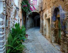 The Medieval village of Mesta in Chios island Samos, Chios Greece, Greek Islands To Visit, Greece Destinations, Greece Wedding, Paradise On Earth, Island Weddings, Greece Travel, Scenery