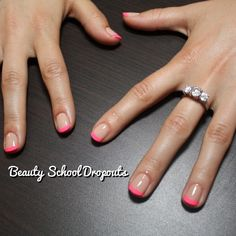 Neon French Tip Nails. I am convinced now. The colored French tip is very elegant. Could use ANY color! This is my next home manicure to attempt. Neon French Tip… Pink Tip Nails, Pink French Manicure, French Pedicure, Manicure Colors, Colour Tip Nails, French Tip Nails, Diy Nails, Cute Nails, Nail Colors