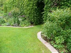Lawn Edging, Patios and Drives