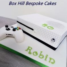 My Xbox cake and controller. The panels were created using a Lego base board as an embosser and the controller was modelled in Rice krispie squares. 8th Birthday Cake, 21st Cake, Birthday Games, Xbox Party Food, Bolo Xbox, Xbox One Cake, Nintendo Cake, Playstation Cake, Video Game Cakes