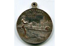 melbourne centenary medal 1935 -
