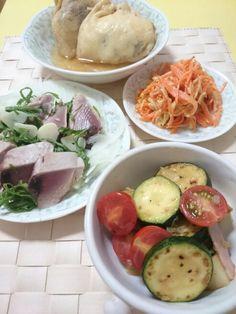 ☆ズッキーニとトマトのマリネ ☆カツオのたたき ☆にんじんシリシリー ☆春雨とひき肉の袋煮