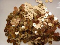 10 gram pailletten van 6mm glad plat goud (grote hoeveelheid) SUPERLAGE PRIJS!  Artikel 1 van 21  10 gram pailletten van 6mm glad plat goud (grote hoeveelheid) SUPERLAGE PRIJS!    € 0 99  Aantal  grootte hoeveelheid van 10 gram pailletten voor een speciale prijs!  de pailletten zijn niet geribbeld maar glad  grootte: 6mm  kleur: goud