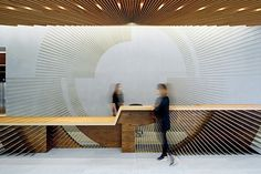 100 Modern Reception Desks Design Inspiration - The Architects Diary Modern Reception Desk, Reception Desk Design, Lobby Reception, Reception Counter, Office Reception, Reception Areas, Lobby Interior, Interior Exterior, Interior Design