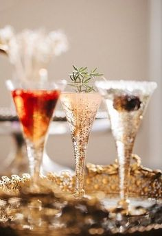 **Beautiful glass ware ... for your bubbly drinks!