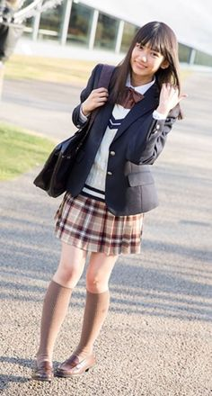 Pin by Bifen Huang on Uniform in 2019 School Girl Japan, Japan School Uniform, Cute School Uniforms, School Uniform Fashion, School Girl Dress, School Uniform Girls, Girls Uniforms, Japan Girl, Kawai Japan