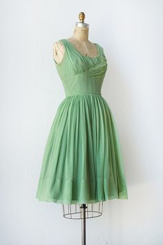 vintage 1950s spring green chiffon party dress
